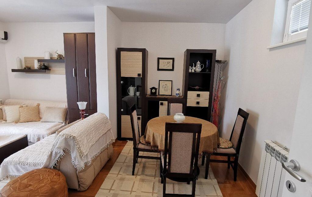 centre 60sqm lux apartment for rent (2)