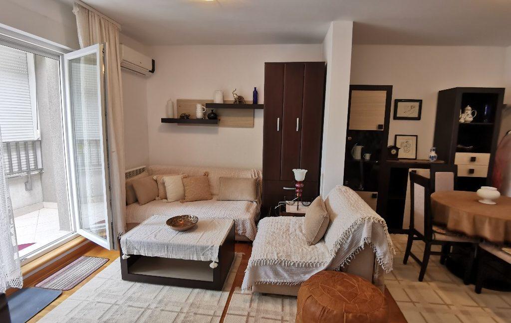 centre 60sqm lux apartment for rent (3)