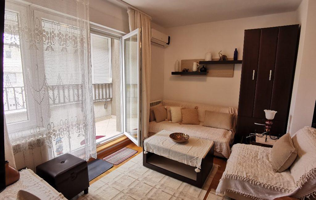 centre 60sqm lux apartment for rent (4)