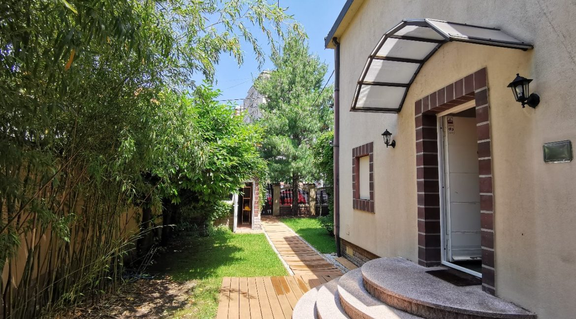 Rent lux house vračar (21)